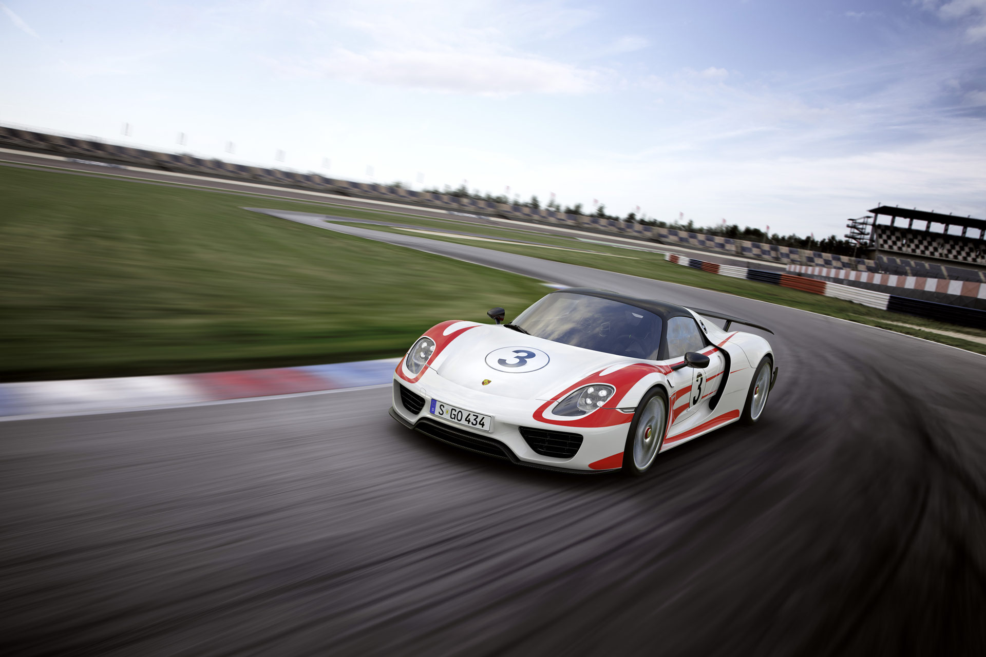 2015 Porsche 918 Spyder Weissach Package News And Information Research History