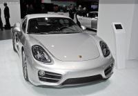 2013 Porsche Cayman image.