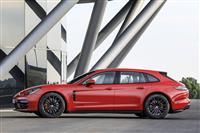 Popular 2021 Porsche Panamera Wallpaper