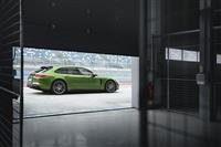 Popular 2019 Porsche Panamera GTS Sport Turismo Wallpaper