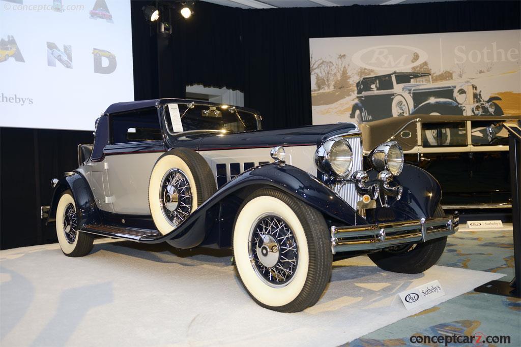 1932 REO 8-35 Royale