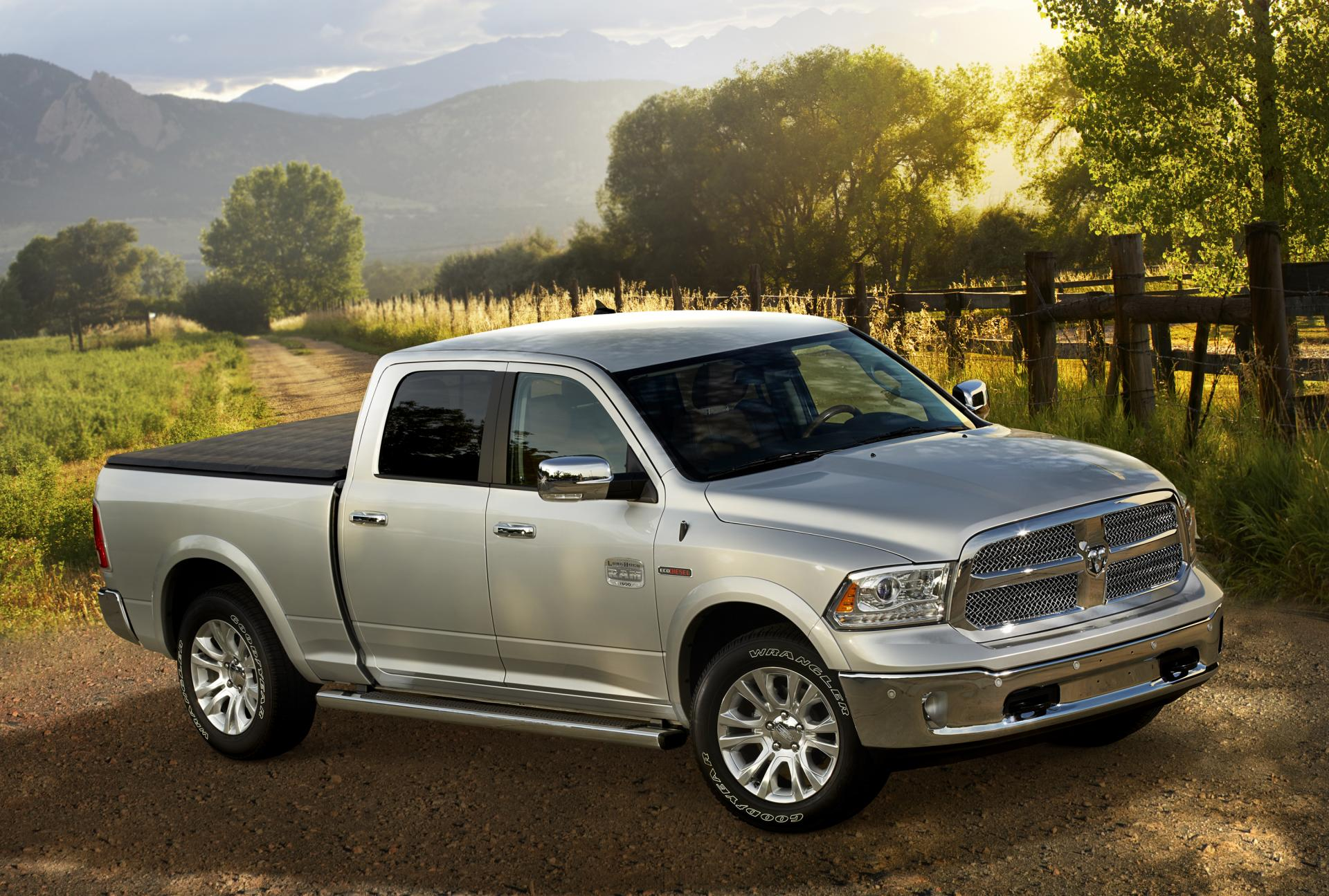 2014 Ram Heavy Duty News And Information 2013 Dodge 5500 Fuel Filter Location
