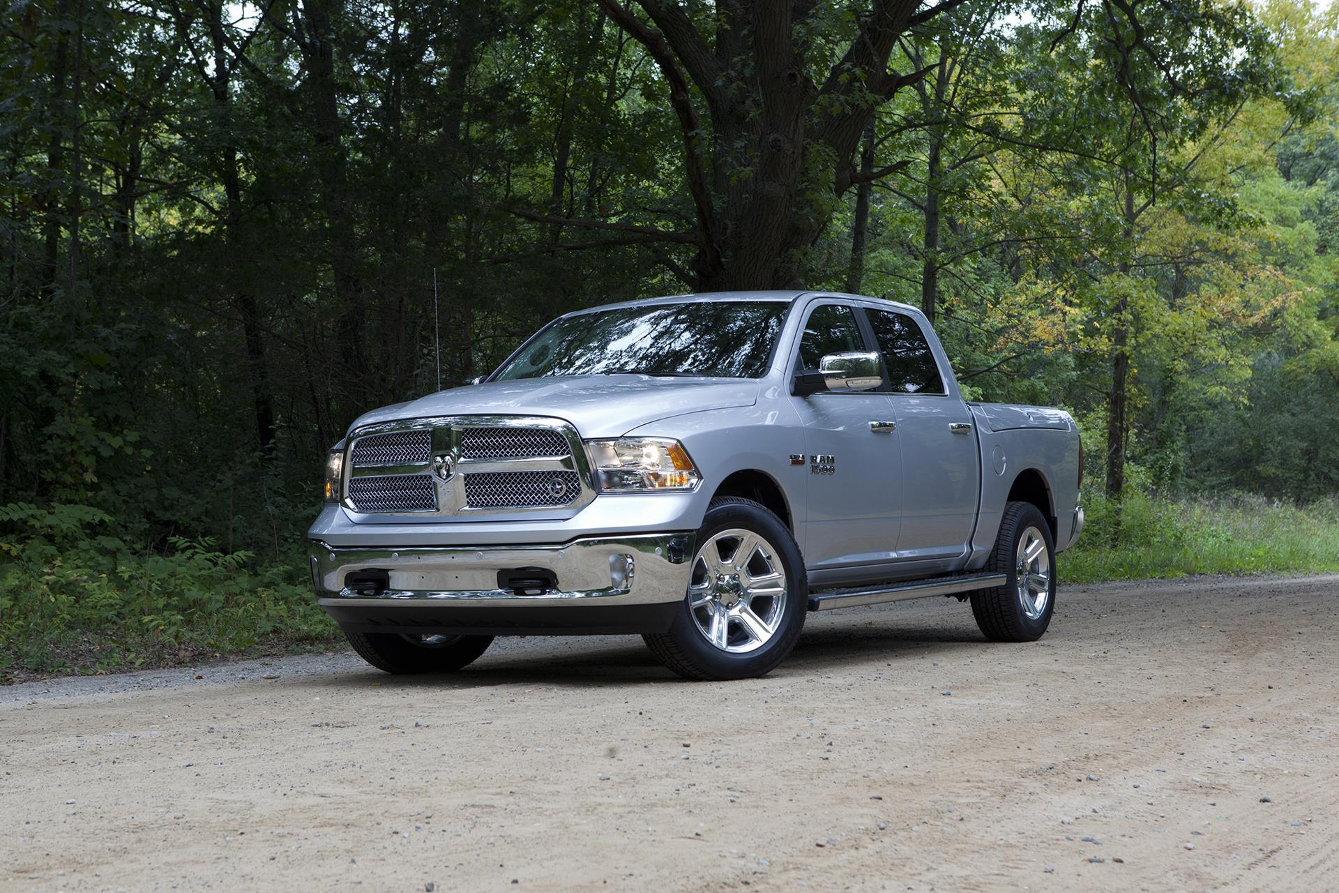 2016 ram 1500 lone star silver news and information. Black Bedroom Furniture Sets. Home Design Ideas