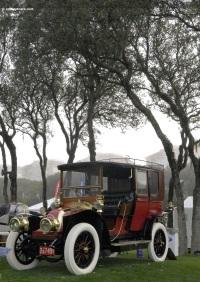 1905 Renault Town Car image.