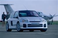 Popular 2021 Renault Clio V6 Wallpaper