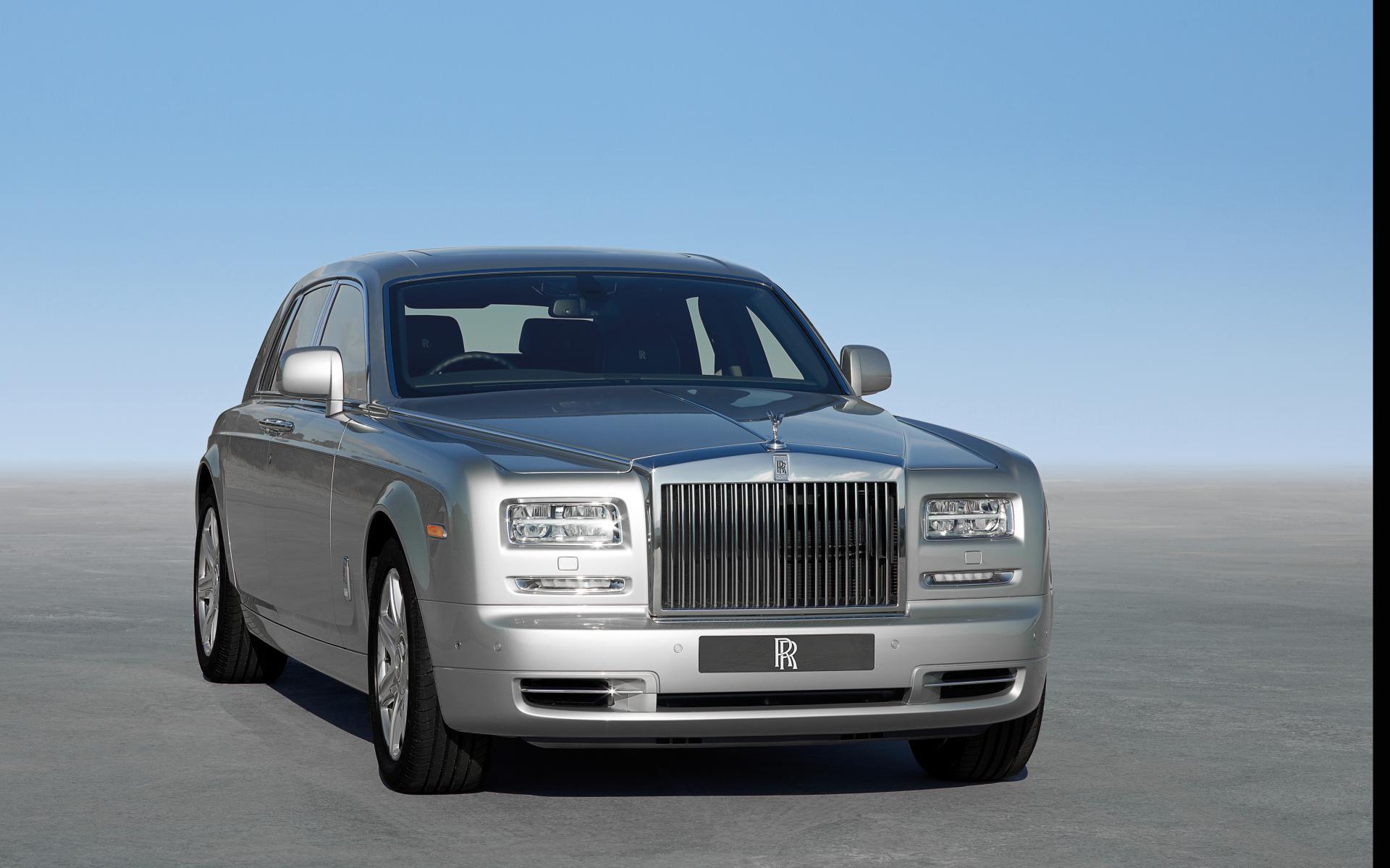 2014 Rolls-Royce Phantom News and Information