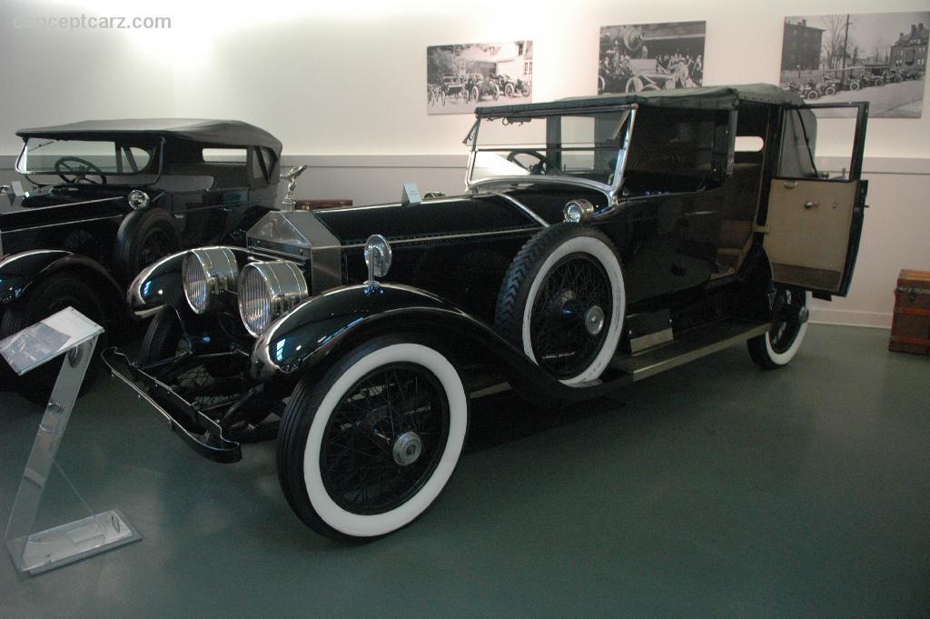 Electric car 1910 daimler landaulette image for Usa motors cleveland ohio