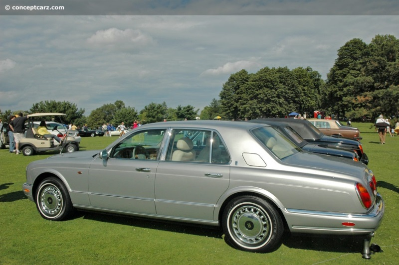 1999 rolls royce silver seraph at the pittsburgh vintage grand prix parade and shows. Black Bedroom Furniture Sets. Home Design Ideas