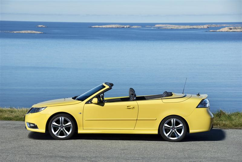 2010 Saab 9-3 News and Information