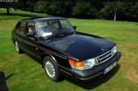 1993 Saab 900 image.