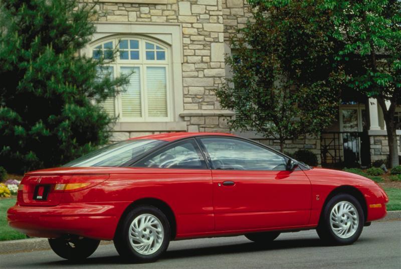 2002 Saturn S Series Image Photo 4 Of 16