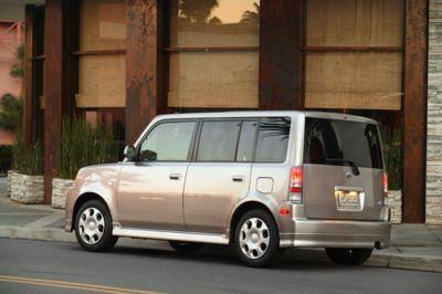 2004 scion xb history pictures value auction sales. Black Bedroom Furniture Sets. Home Design Ideas