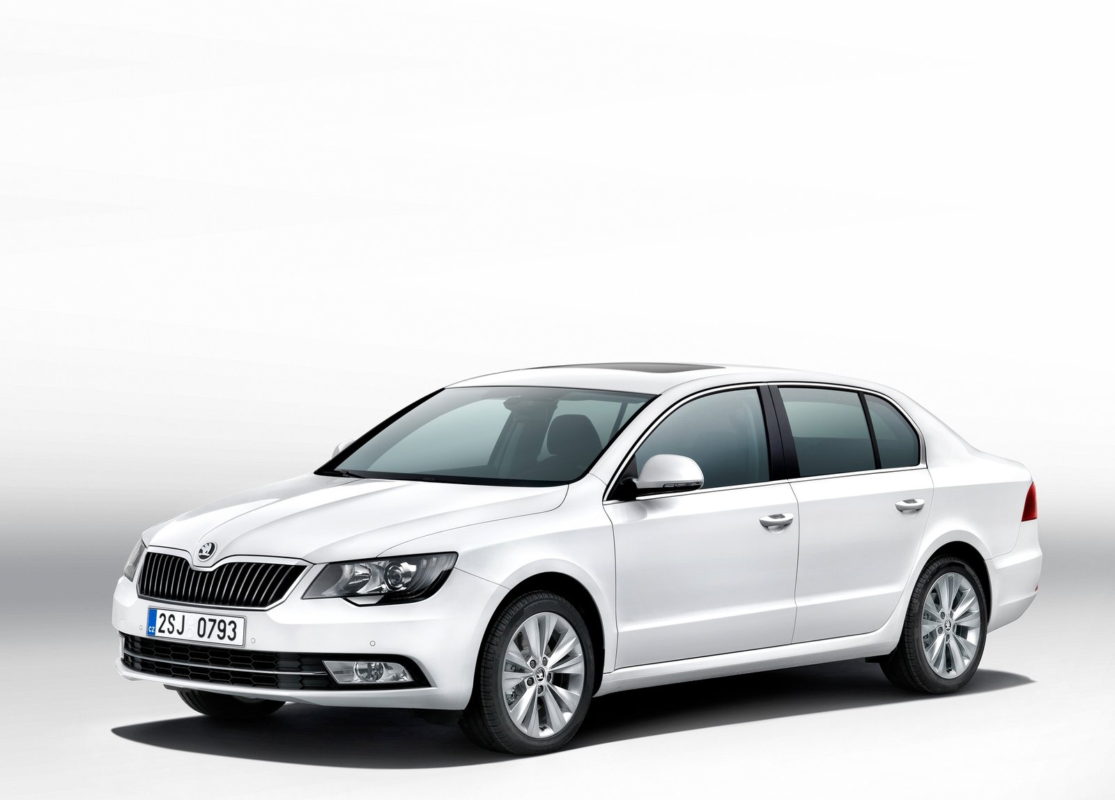 Car Auction Sites >> 2014 Skoda Superb News and Information | conceptcarz.com