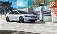 Popular 2019 Skoda SUPERB iV Wallpaper