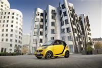 Popular 2013 Smart fortwo cityflame Edition Wallpaper