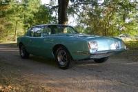 1970 Studebaker Avanti II image.