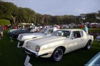 1975 Studebaker Avanti II image.