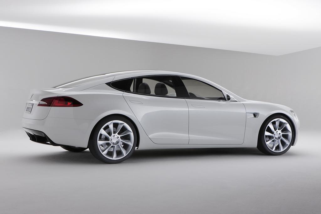 2009 Tesla Model S Concept Image Photo 2 Of 11
