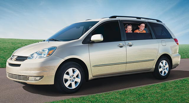 2005 toyota sienna pictures history value research news. Black Bedroom Furniture Sets. Home Design Ideas