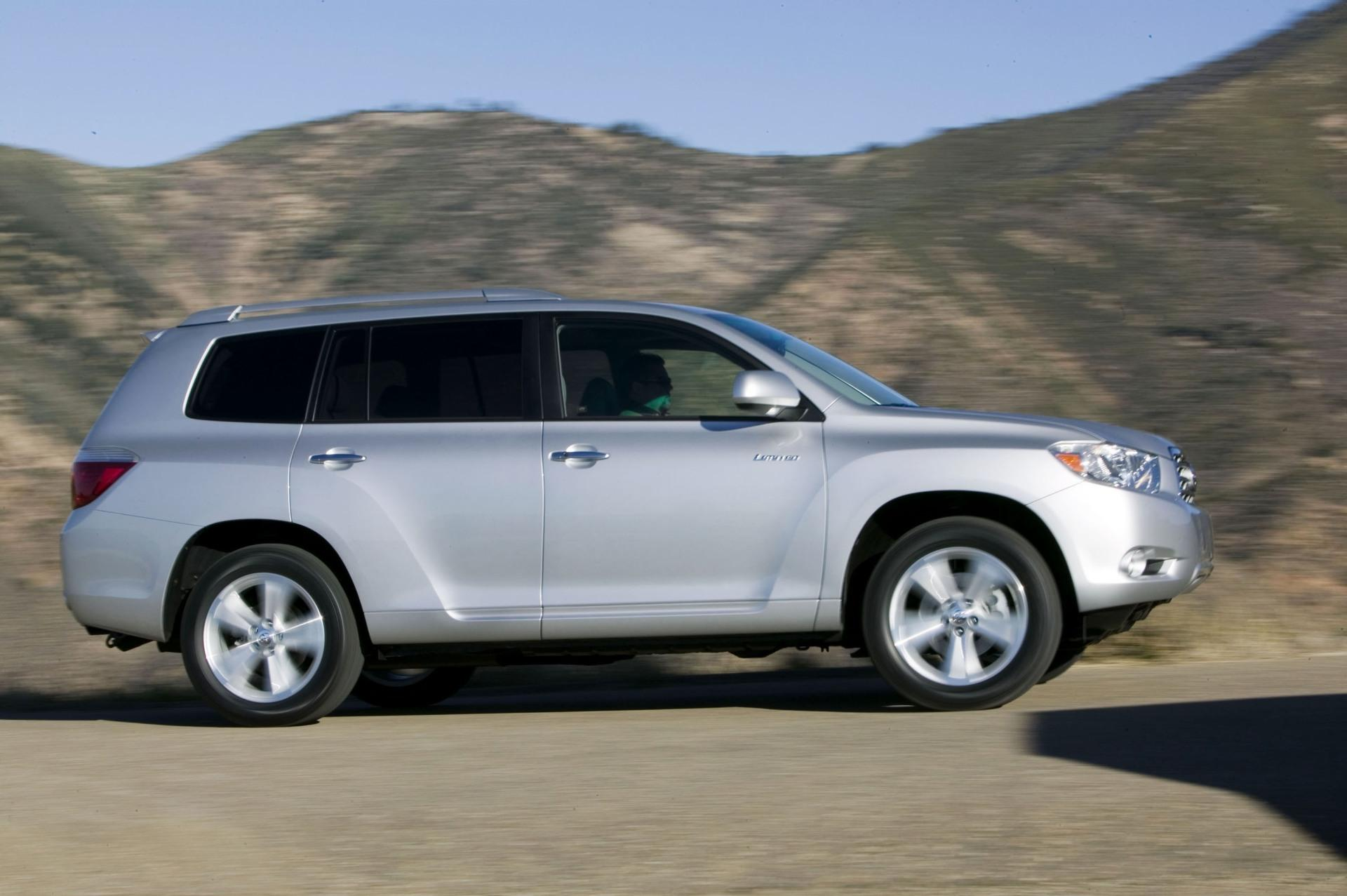 Toyota Ft 1 Concept Price >> 2010 Toyota Highlander Technical Specifications and data. Engine, Dimensions and Mechanical ...