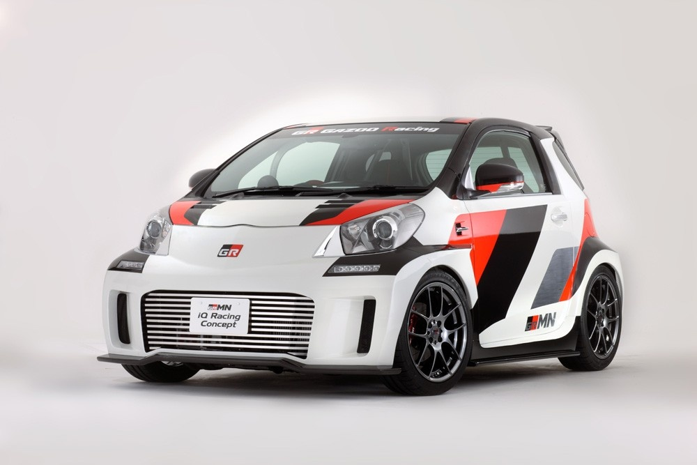2011 Toyota iQ Racing Concept pictures and wallpaper