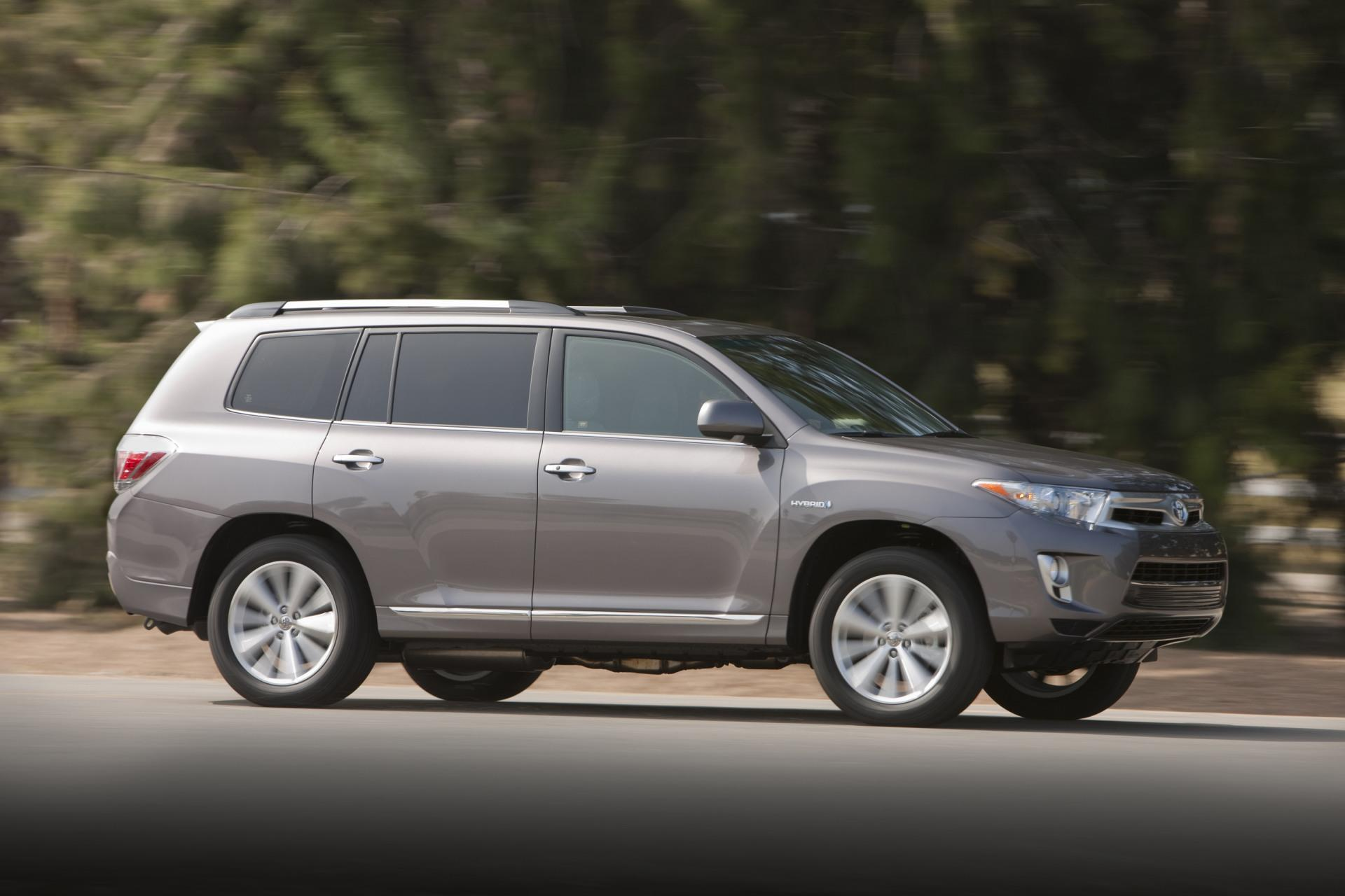 highlander toyota hybrid gray magnetic side metallic driving rear row conceptcarz with climate seating standard control three