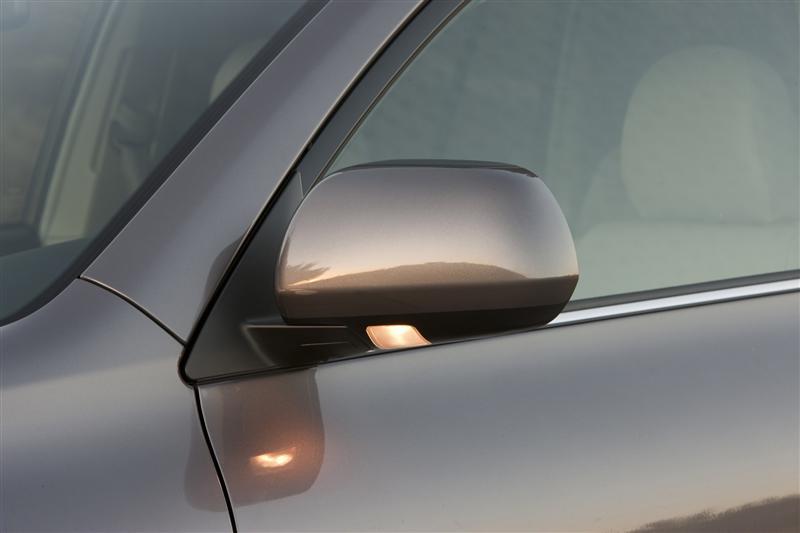 2012 Toyota Highlander thumbnail image