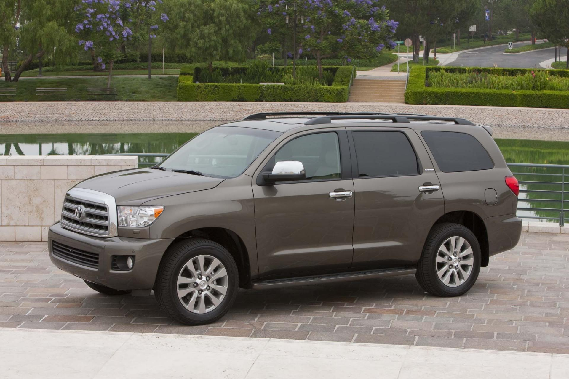 2011 Toyota Sequoia News and Information