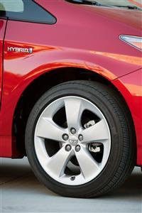 2012 Toyota Prius image.