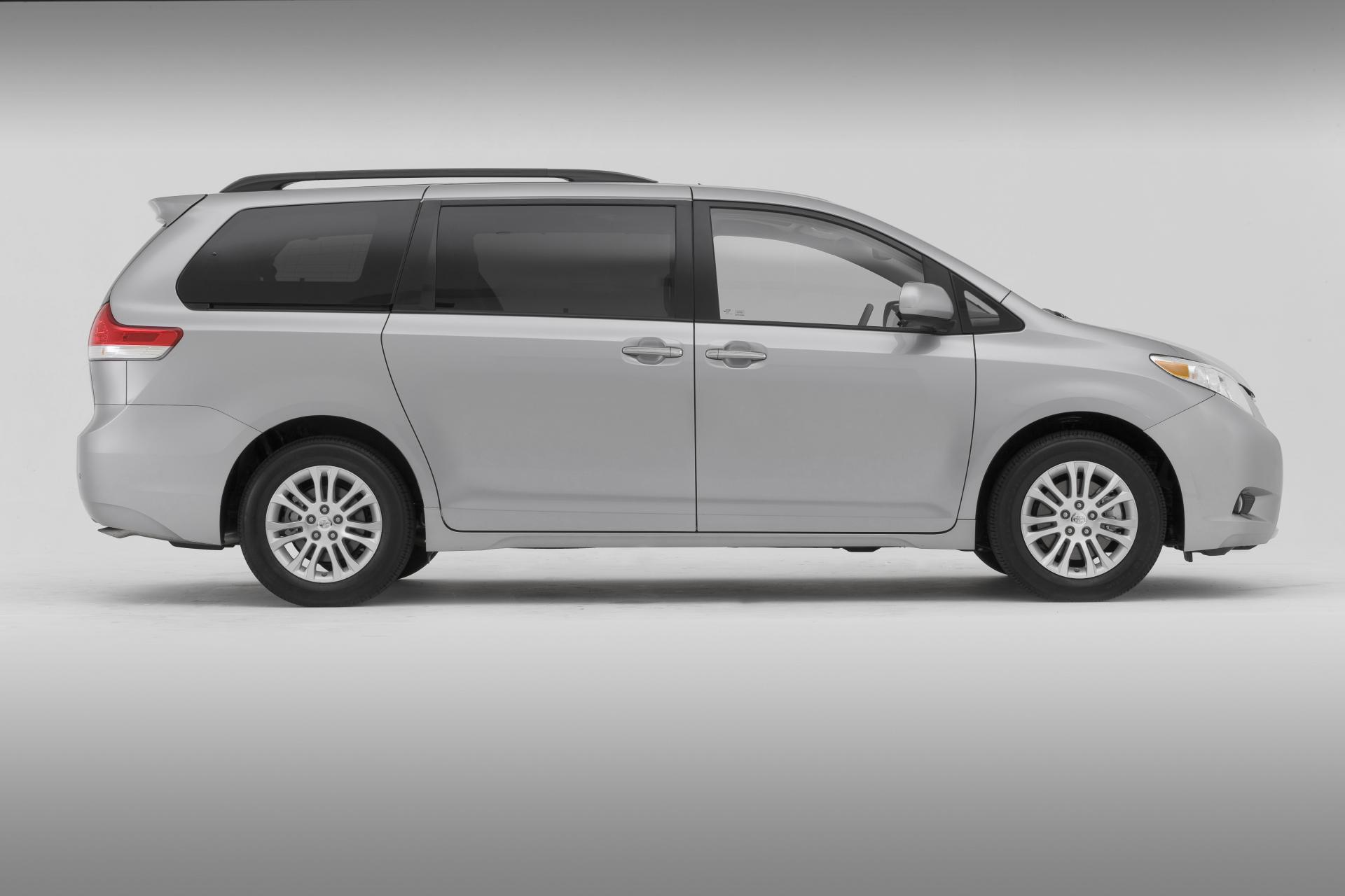 2012 toyota sienna technical specifications and data engine dimensions and mechanical details. Black Bedroom Furniture Sets. Home Design Ideas