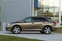 2012 Toyota Venza image.