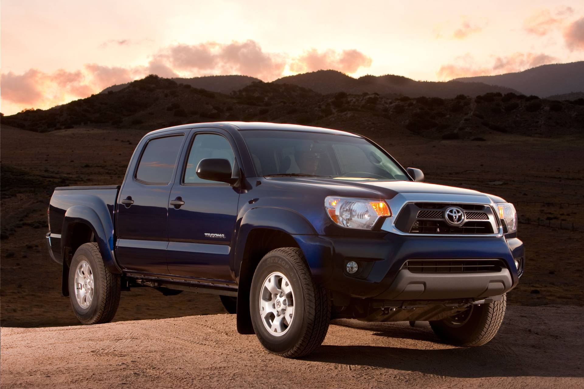 2013 toyota tacoma limited package news and information. Black Bedroom Furniture Sets. Home Design Ideas