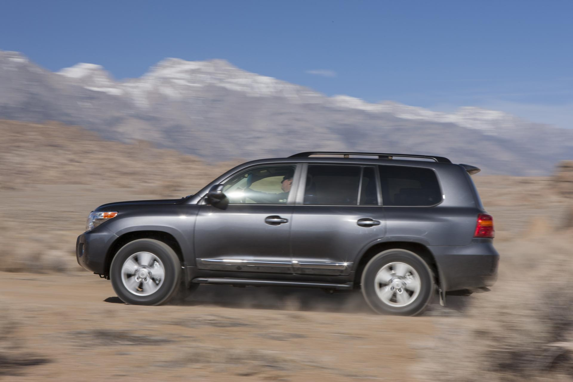 2014 Toyota Land Cruiser News And Information