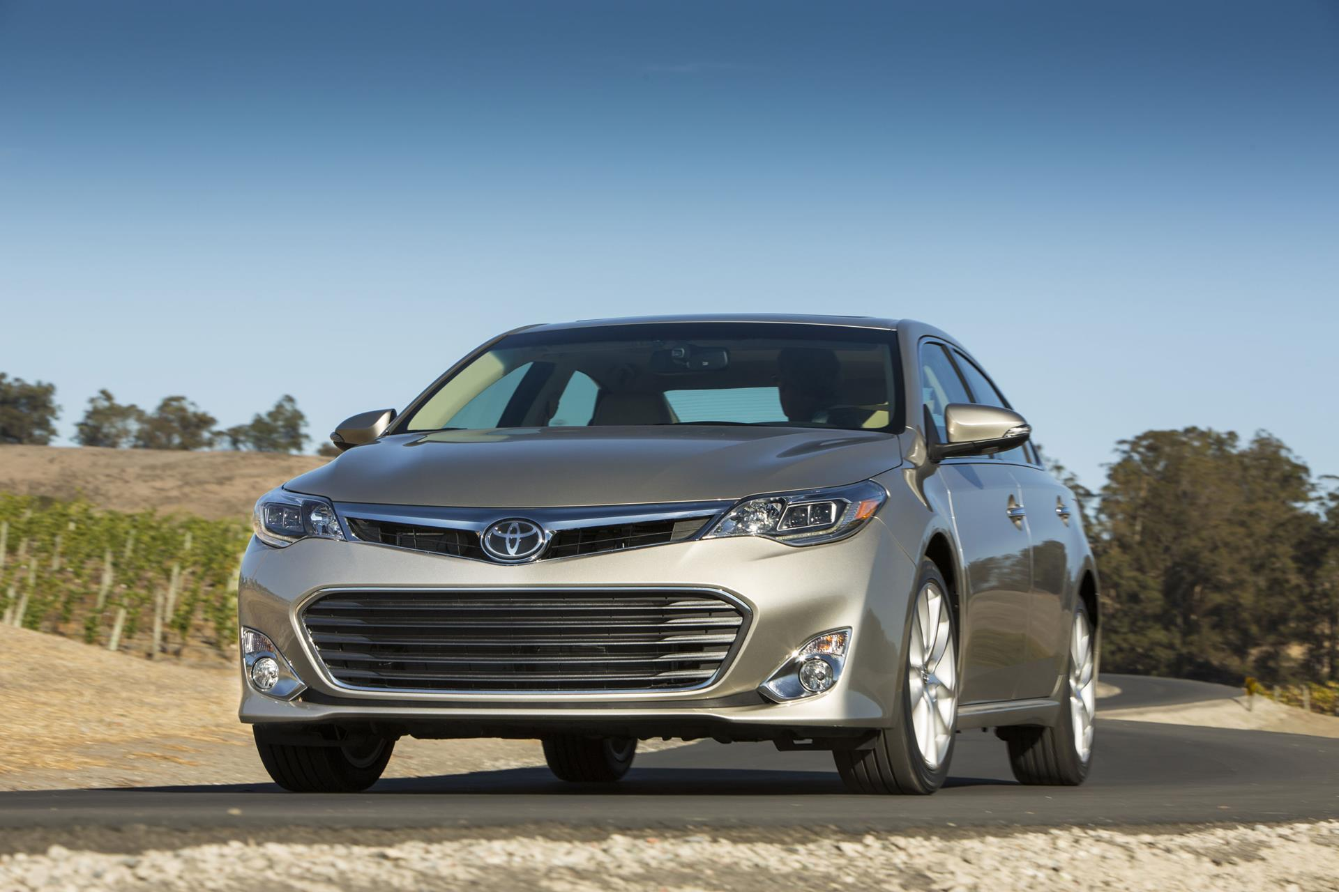 2015 Toyota Avalon News And Information Conceptcarz Com