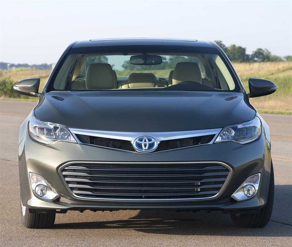 Auction Results And Sales Data For 2016 Toyota Avalon Hybrid