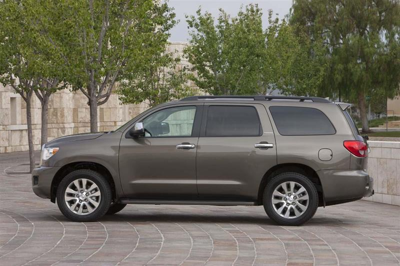 2016 toyota sequoia image. Black Bedroom Furniture Sets. Home Design Ideas