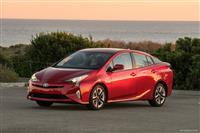 2017 Toyota Prius image.
