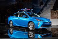 Popular 2019 Toyota Prius Wallpaper