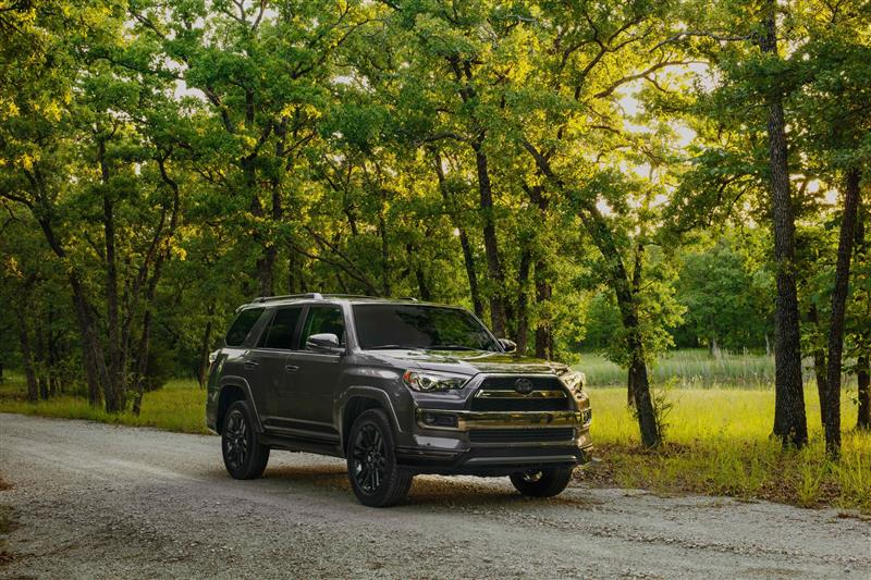 Toyota 4Runner Nightshade pictures and wallpaper
