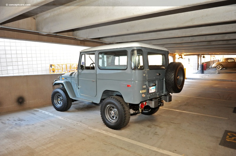 Toyota Land Cruiser FJ 40 pictures and wallpaper