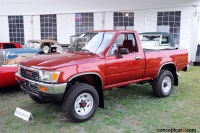 1990 Toyota Pickup image.