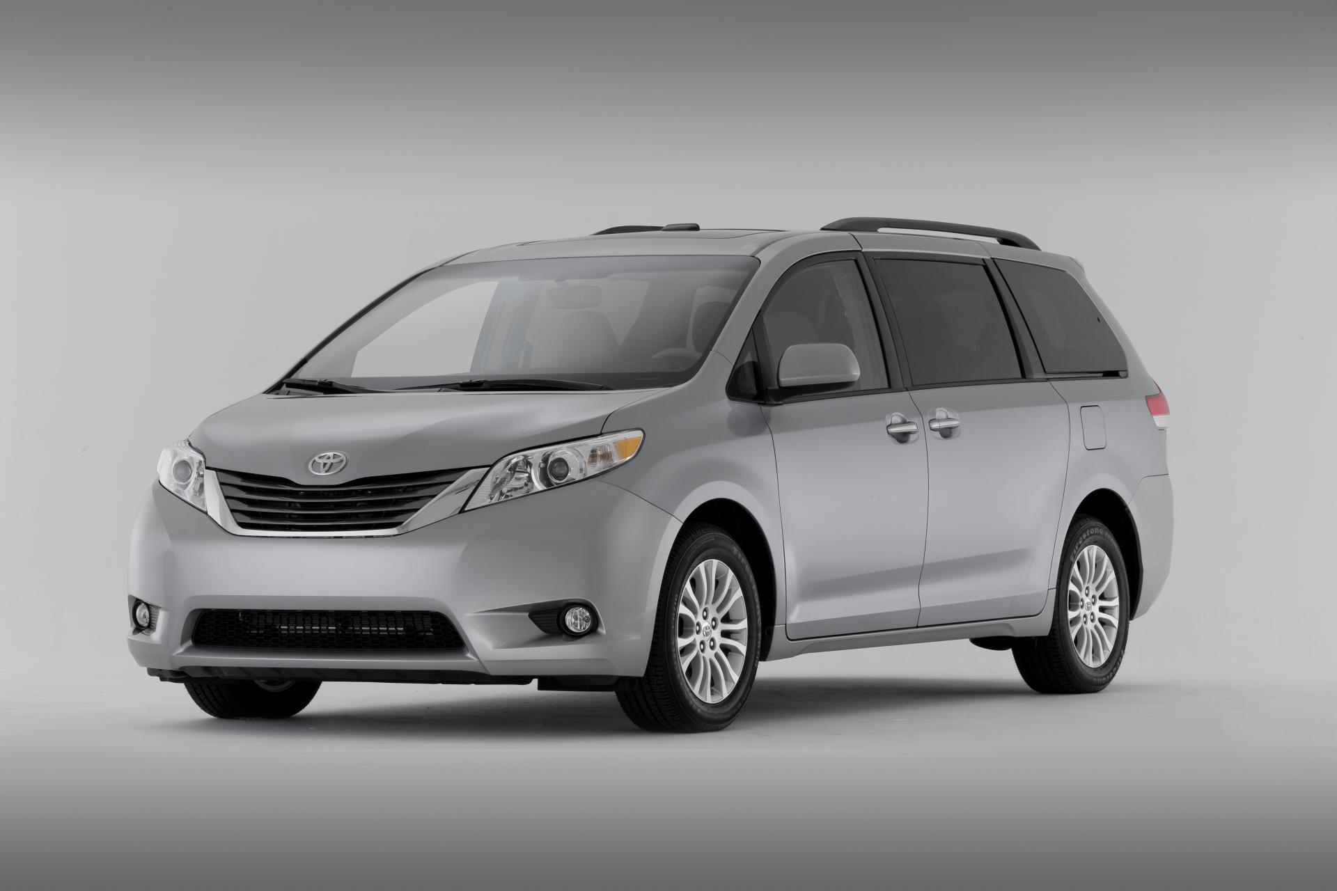 monthly sales data for the toyota sienna. Black Bedroom Furniture Sets. Home Design Ideas