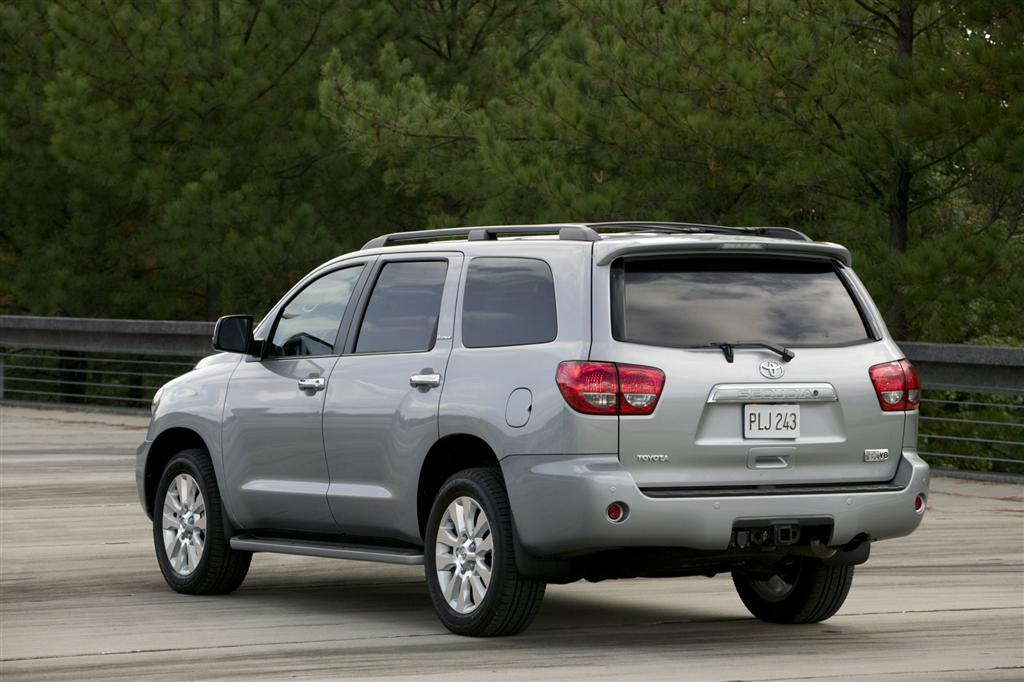 2009 toyota sequoia news and information. Black Bedroom Furniture Sets. Home Design Ideas