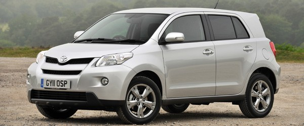 2013 Toyota Urban Cruiser pictures and wallpaper