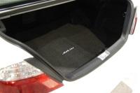 2003 Toyota Avalon image.