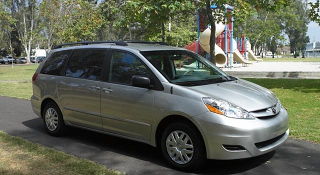 2007 Toyota Sienna Pictures History Value Research