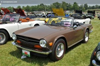 1974 Triumph TR6 image.