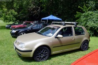 2001 Volkswagen Golf image.