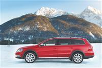 2012 Volkswagen Passat Alltrack image.