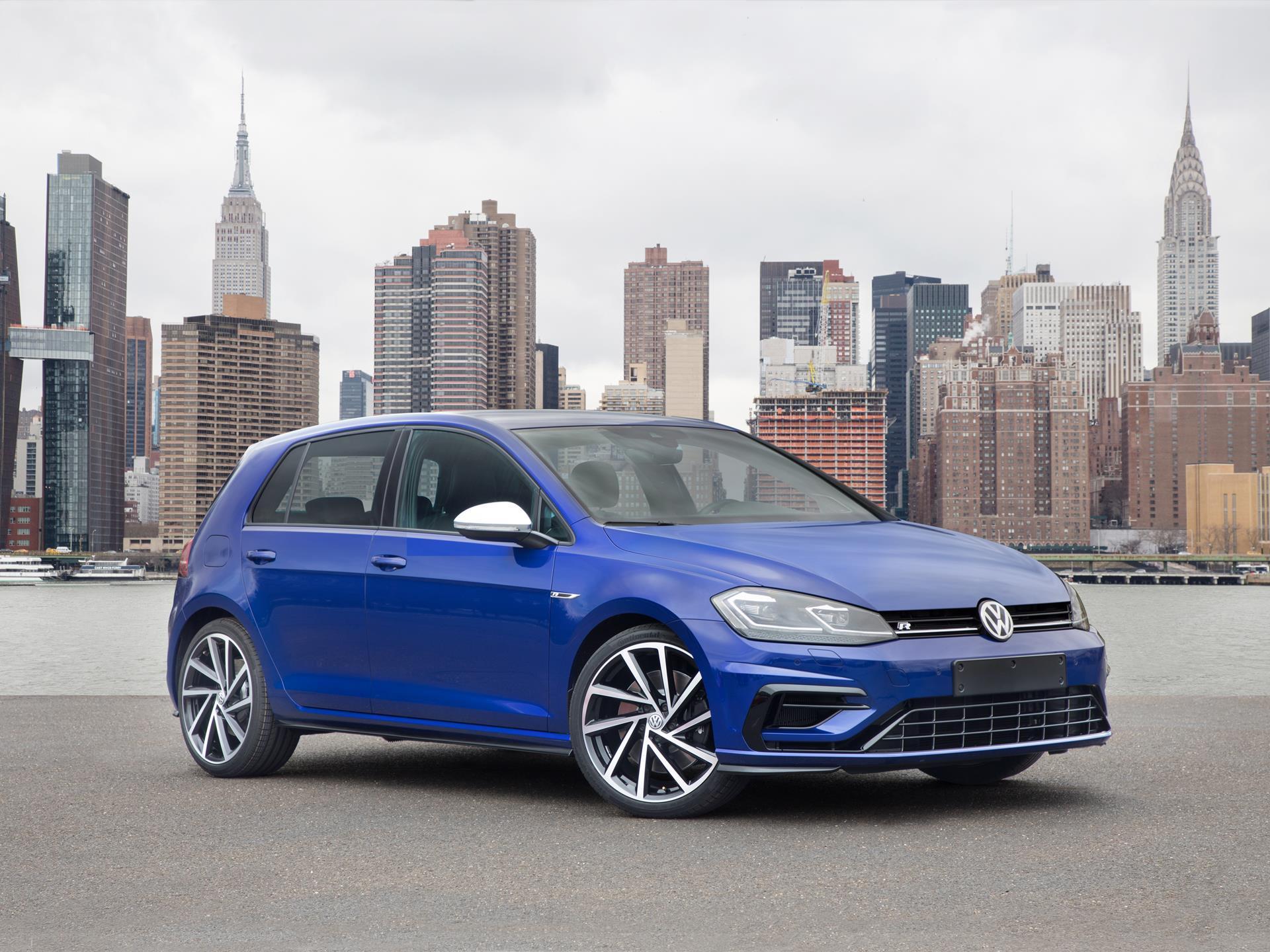 2019 Volkswagen Golf R News and ...